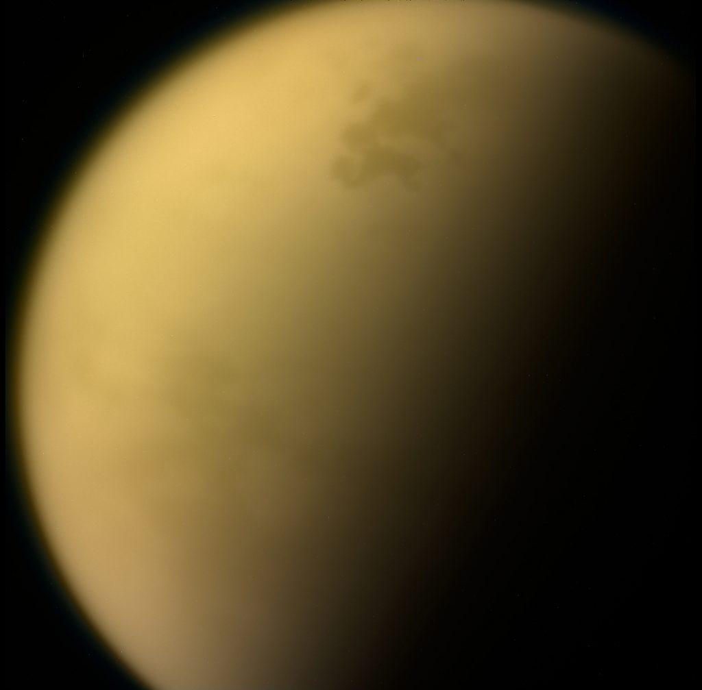 Aktuelle Reisewarnung: Giftwolke und schwere Unwetter auf Titan